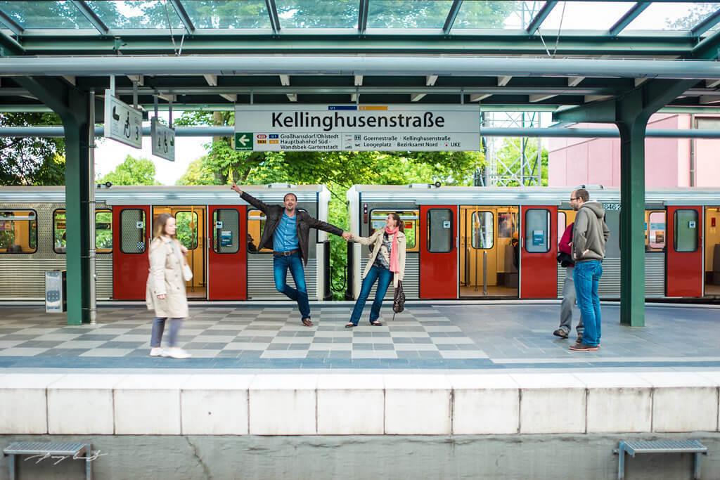 Paarfotos am S-Bahnhof