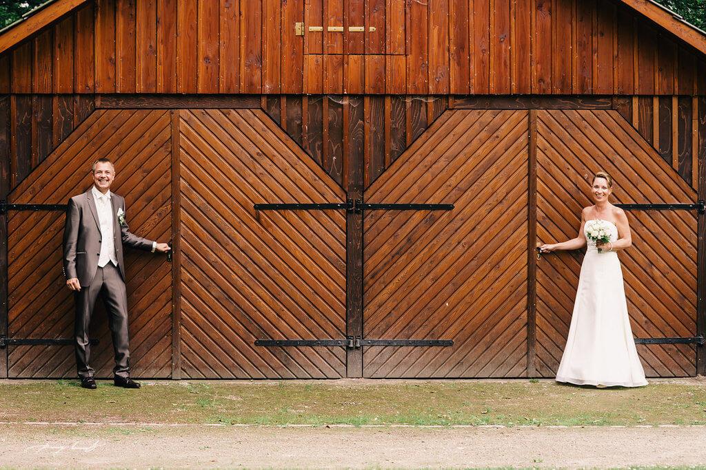 Hamburg Hochzeitsfotos Brautpaar Hochzeitslocation am Hotel Alster Au Hamburg Fotografie