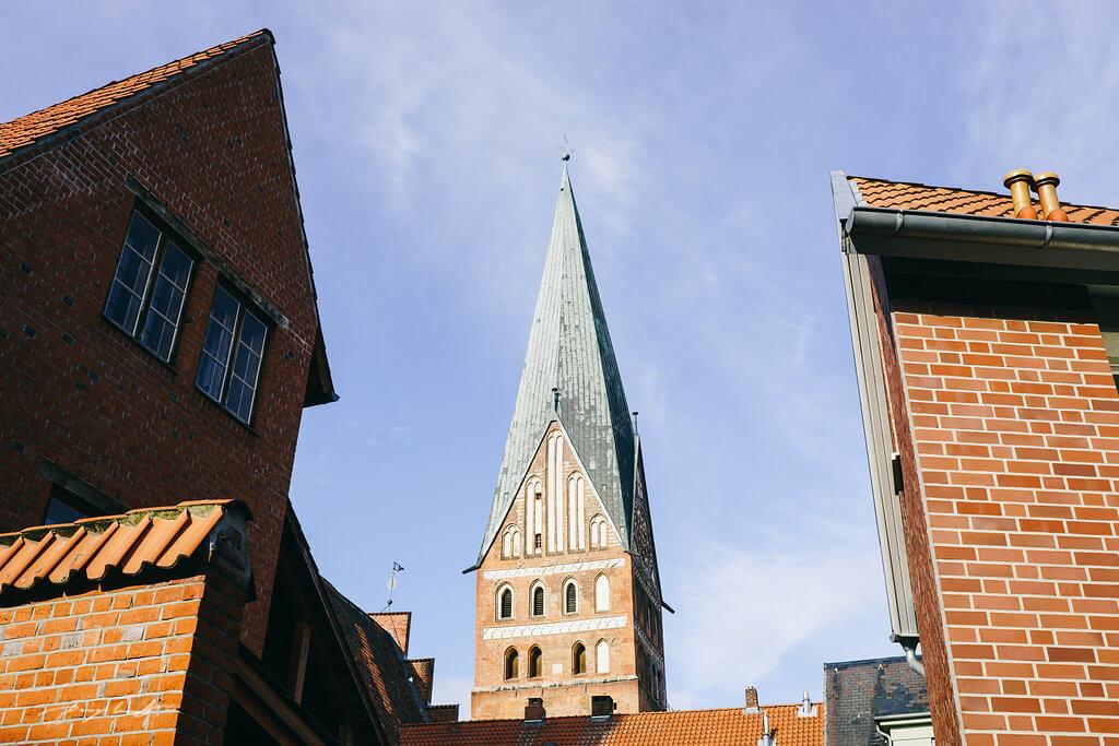heiraten in lüneburg hochzeit standesamt im wasserturm lüneburg hochzeitsfotografie