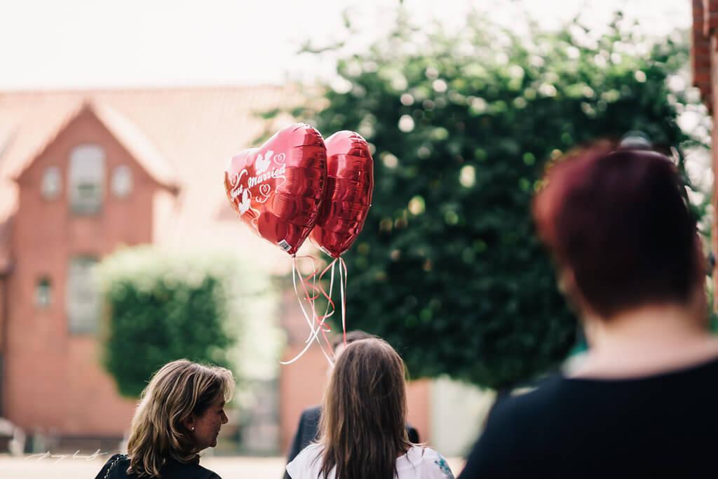 Ballons Hochzeitsfotografie schönster tag hamburg hochzeit