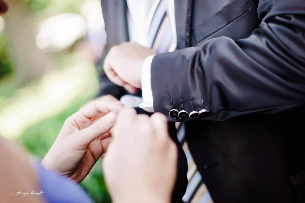 Bräutigam Hochzeit in Fliegenberg Fotograf