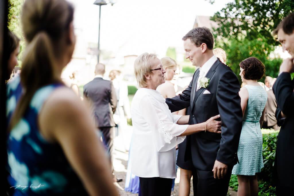 Familie Hochzeit Bräutigam Trauung