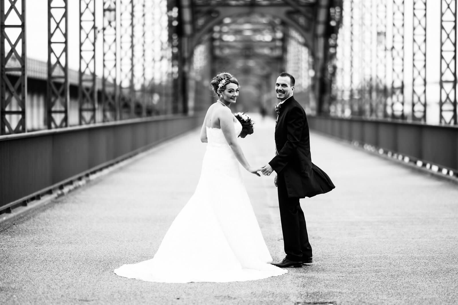Hochzeitsshooting Brücke des 17.Juni Hamburg Harburg
