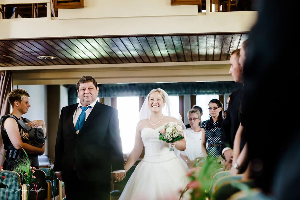 Braut Hochzeit Kirchliche Trauung Jawort Fotograf Hochzeitsfotos