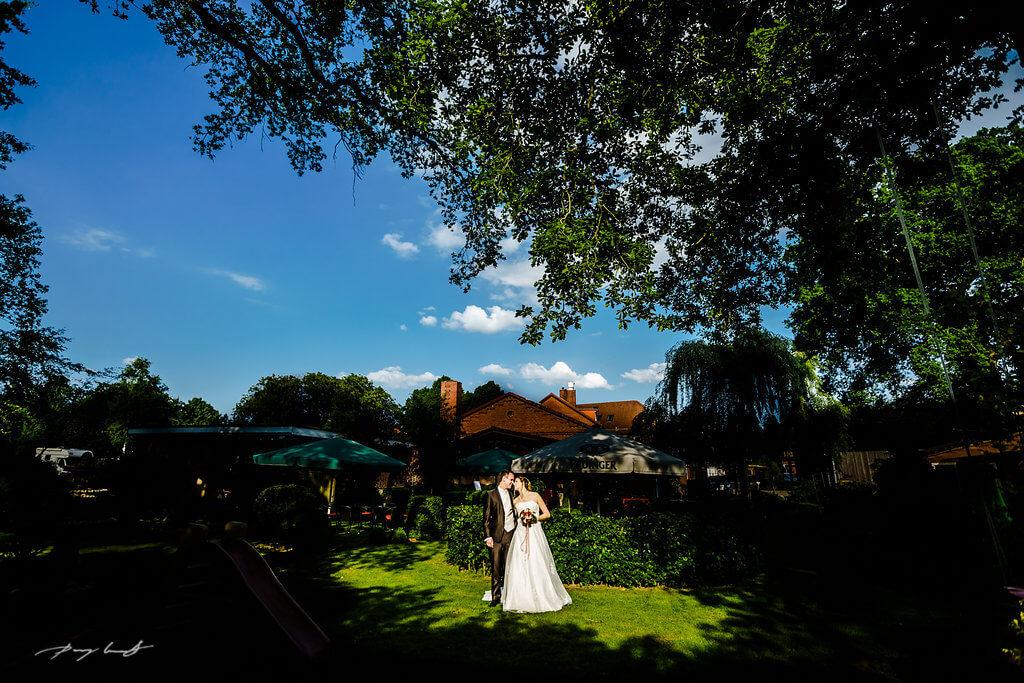 Hochzeitsfeier Brautpaar Gasthaus Große in Wulfsen