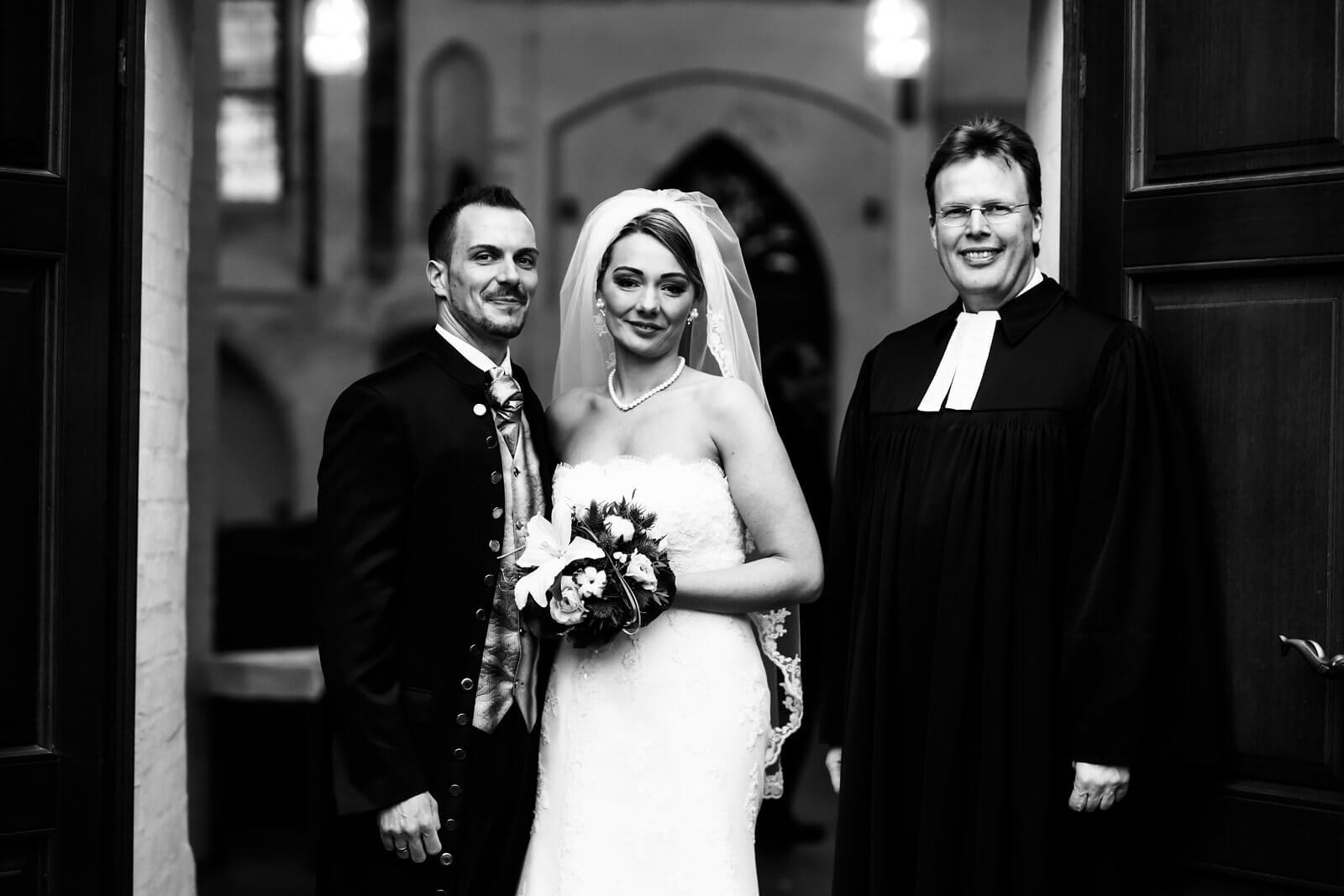 Brautpaar Hochzeitsfotograf in St.Marien Kirche