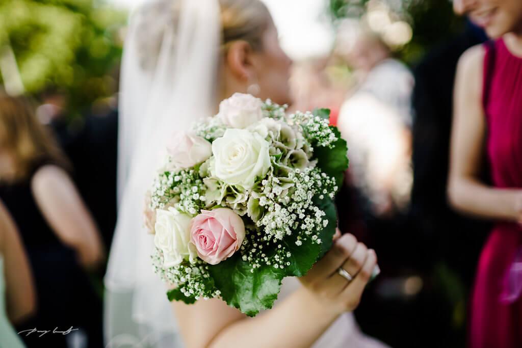 Brautstrauß Braut Hochzeitsfotos Fotograf