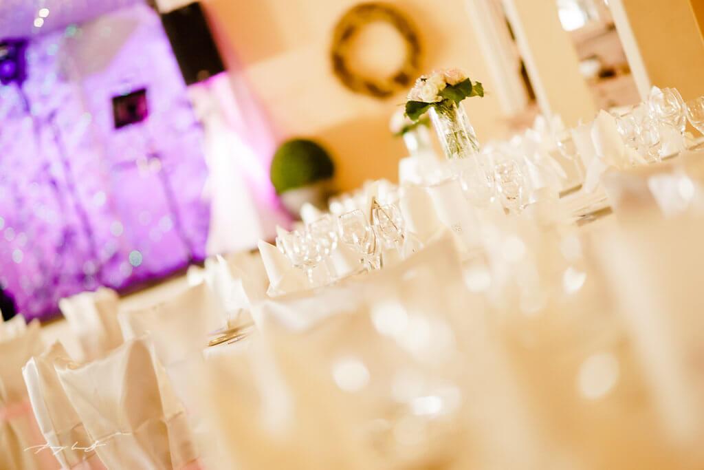 Tischdeko Hochzeit Gasthof Große Brautpaar