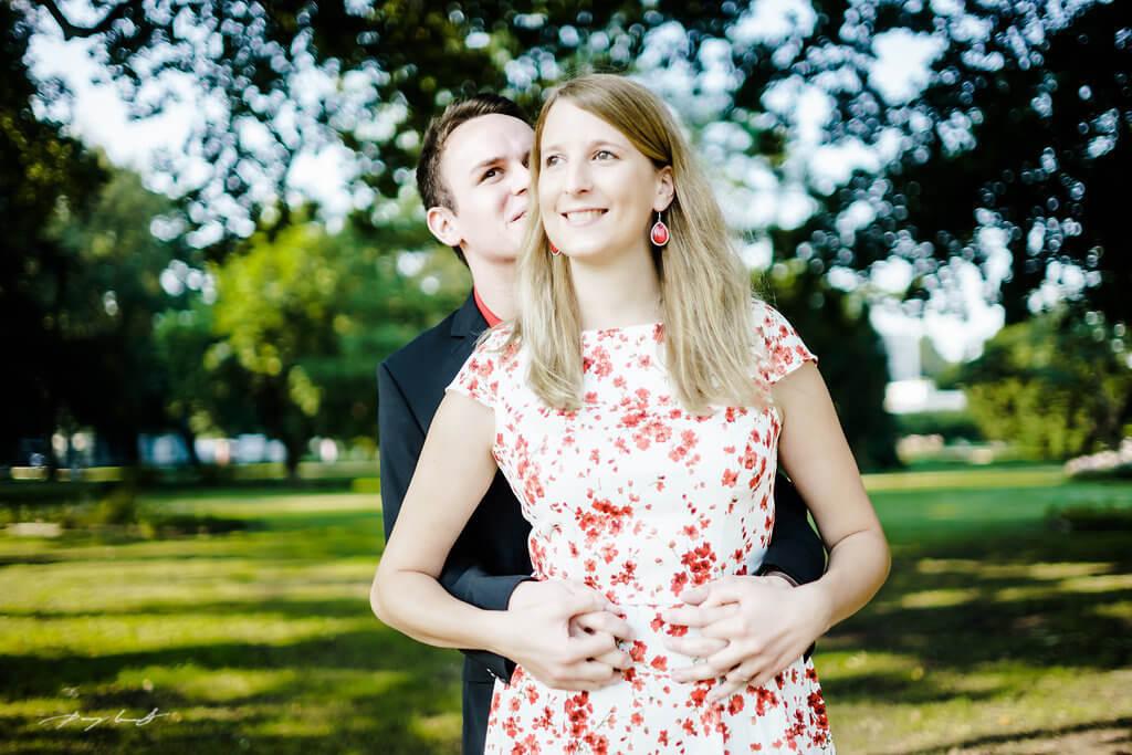 Umarmung Er und Sie Paarfotografie Winsen Fotoshooting
