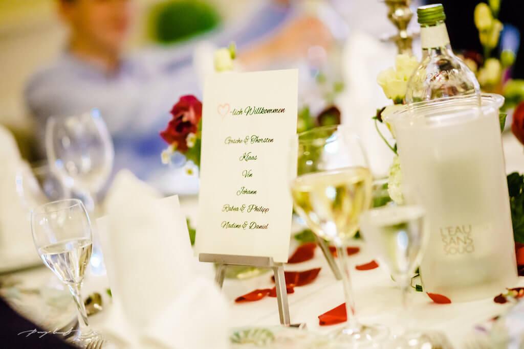 Gedeck Gasthaus Große Hochzeitsfotografie Wulfsen