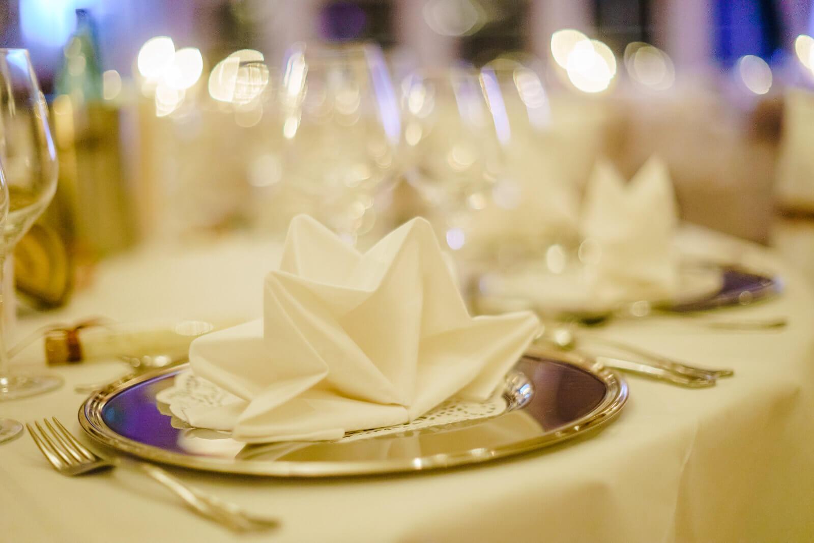 Tische Hochzeitsessen Hof Sudermühlen Fotografie