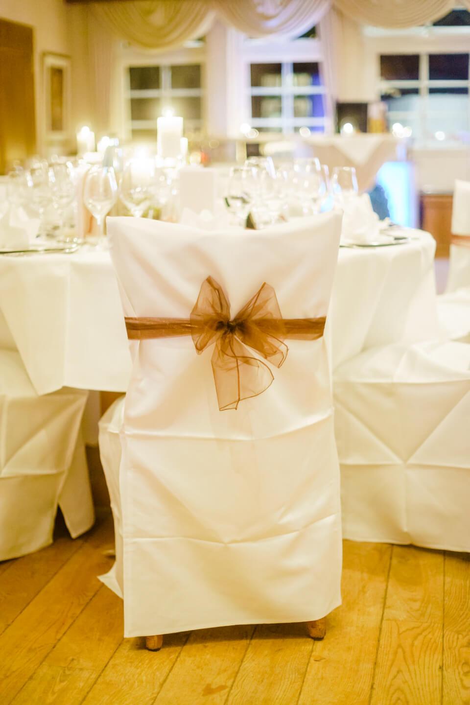 Tische Essen Hochzeitfotografie im Hof Sudermühlen