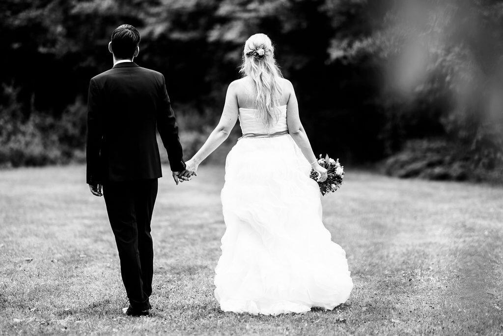 hochzeitsfotografie brautpaar johanniskapelle heiraten in adendorf braut und bräutigam
