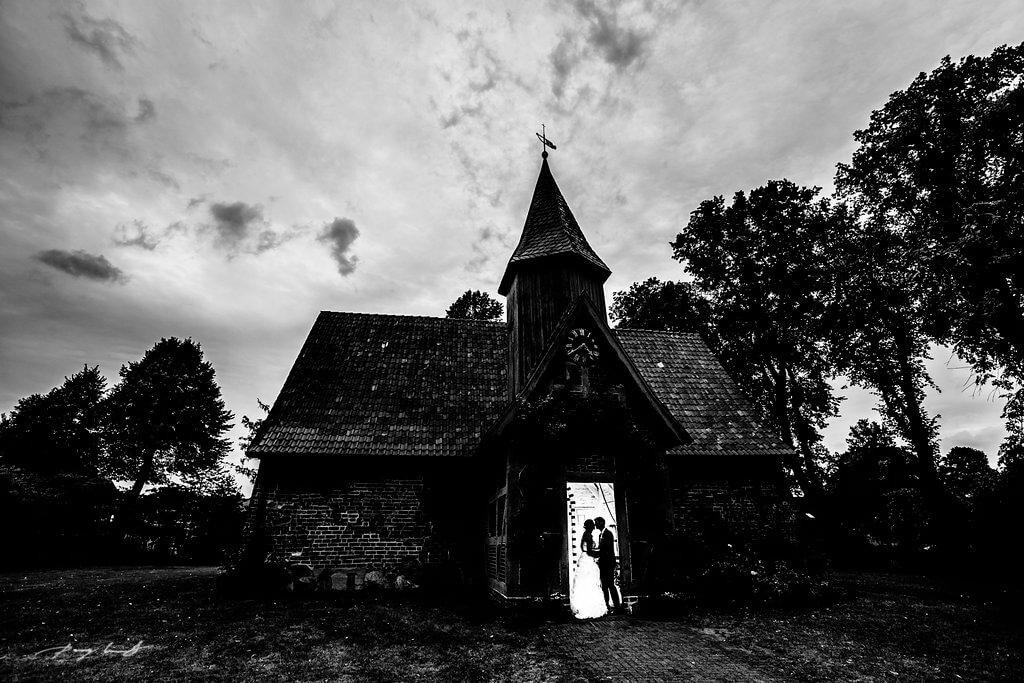 hochzeitsfotograf johanniskapelle brautpaar adendorf heiraten in adendorf hochzeitsfotografie schönster tag