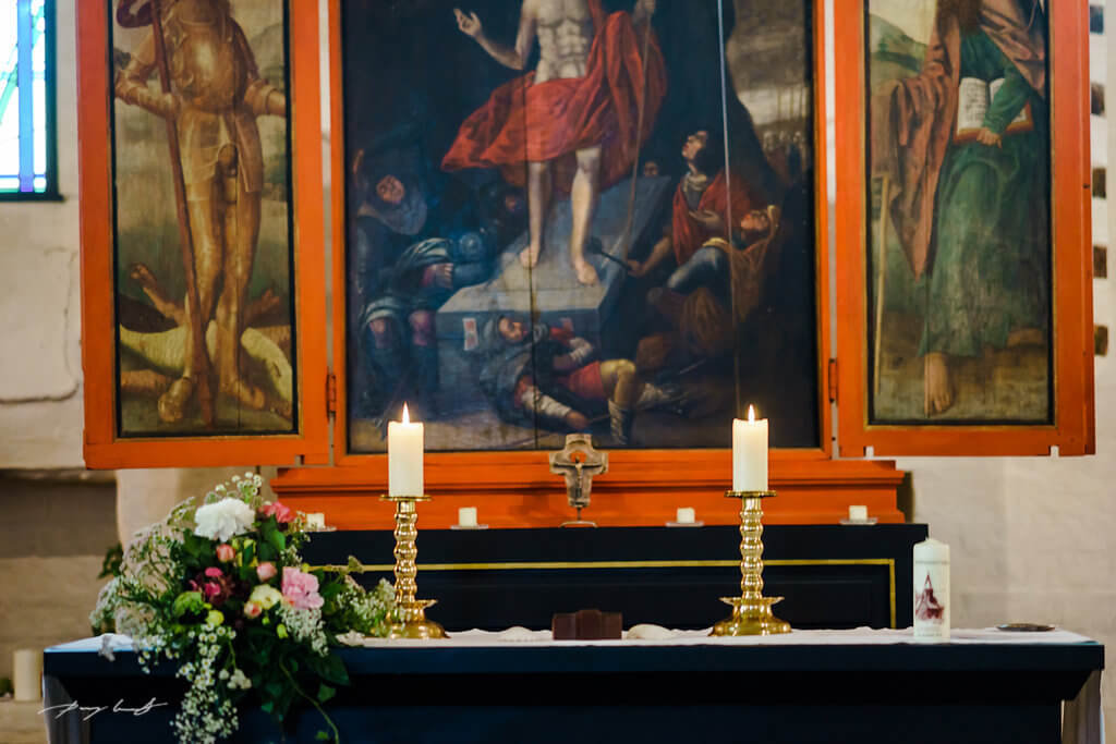altar braut hochzeit fotograf adendorf trauung fotografie johanniskapelle