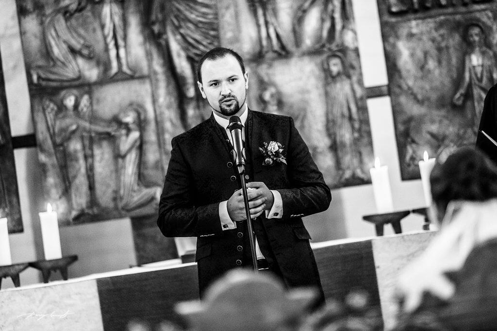bräutigam hochzeitsfotograf fotografie trauung st. marien kirche winsen