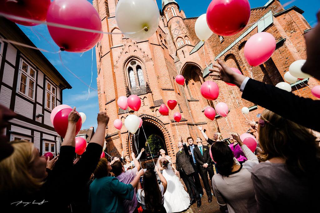 ballons trauung st. marien kirche winsen hochzeitsfotograf