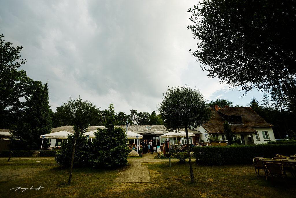 hochzeitsgäste bootshaus ilmenau hochzeitsfotografie feste feiern bootshaus