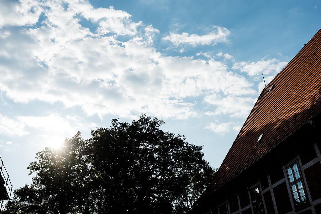 wolken und sonnenschein hochzeit fotograf schloss winsen