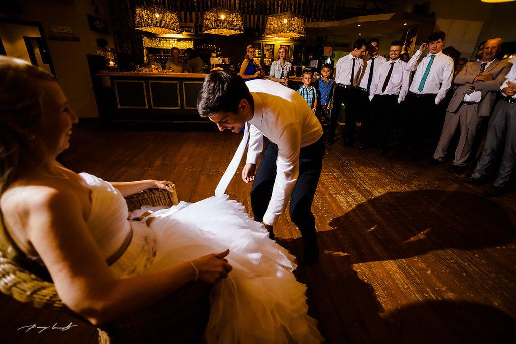 braut und bräutigam tanzfläche fotografie bootshaus ilmenau grosse feier
