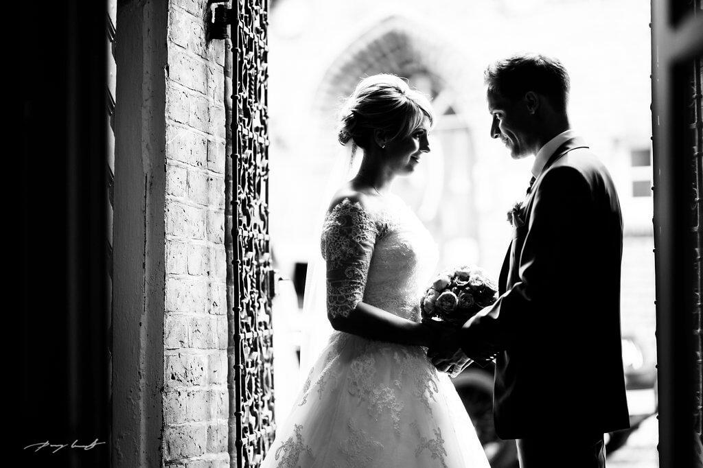blicke hochzeitsfotografie brautpaar hochzeit im kloster lüne fotograf