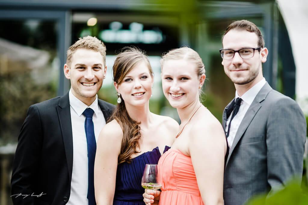 hochzeitsgäste portrait gut bardenhagen hochzeitsfotograf lüneburg hochzeitsfeier