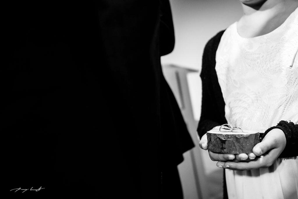 eheringe trauung hochzeitsfotografie wolfsburg mennoniten kirche braunschweig trauung