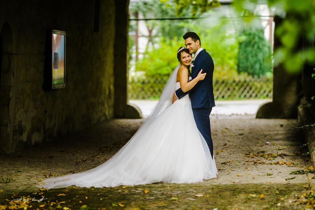 brautpaar hochzeitsshooting schloss wolfsburg in wolfsburg heiraten