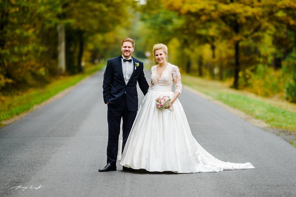 braut und bräutigam hochzeitsfotografie pattensen am schönsten tag hochzeitsshooting