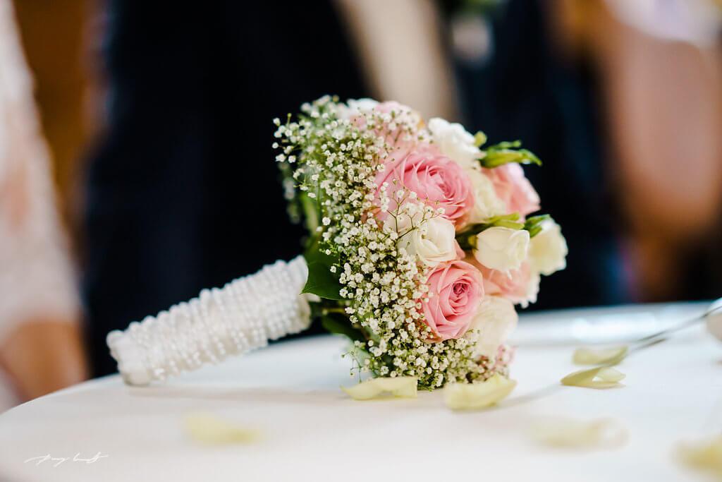 brautstrauß hochzeitsreportage trauung wasserturm heiraten in lüneburg hochzeit